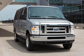 Ford E-450 2014  neuf