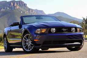 Ford Mustang Cabriolet GT 2011 neuf