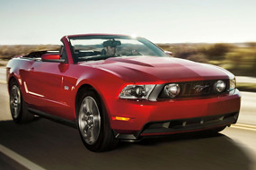Ford Mustang Cabriolet GT 2012 neuf